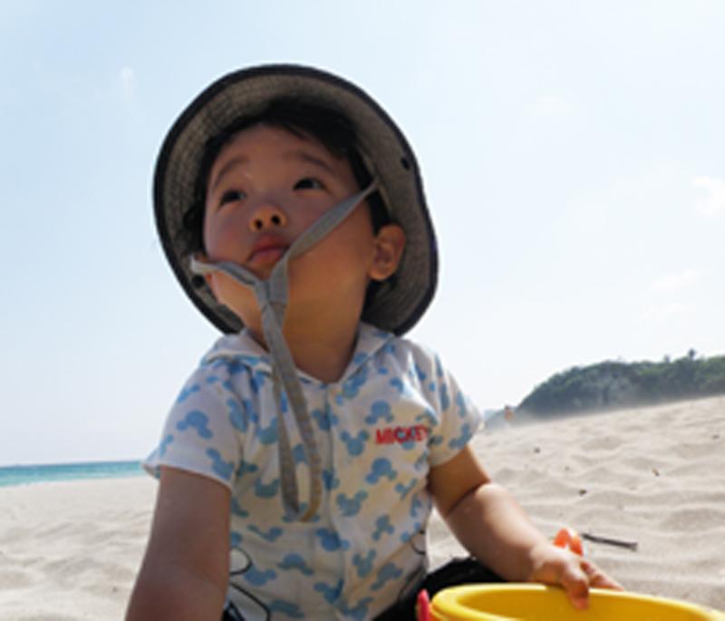 赤ちゃんビーチデビュー