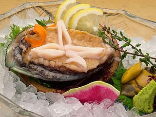下田大和館のあわびの刺身